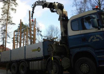 Autonosturi puunkaatoon Tampere